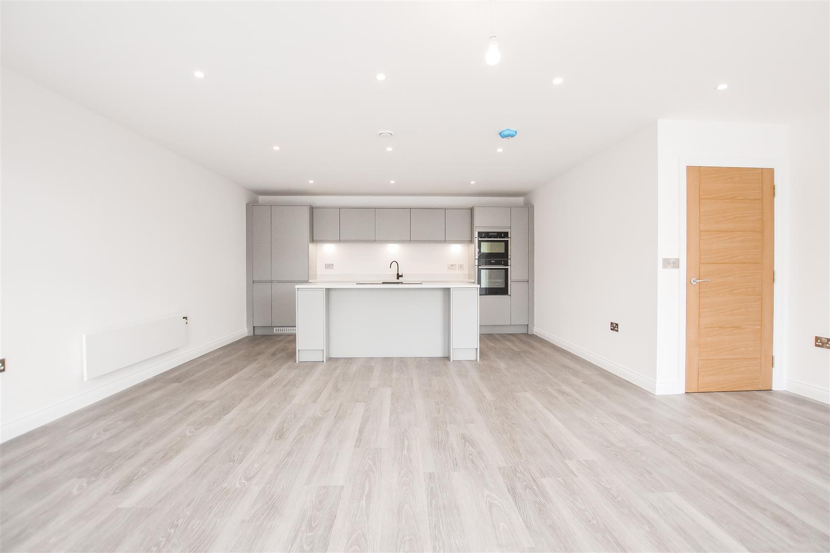 2 Bedroom Apartment For Sale - Image 43